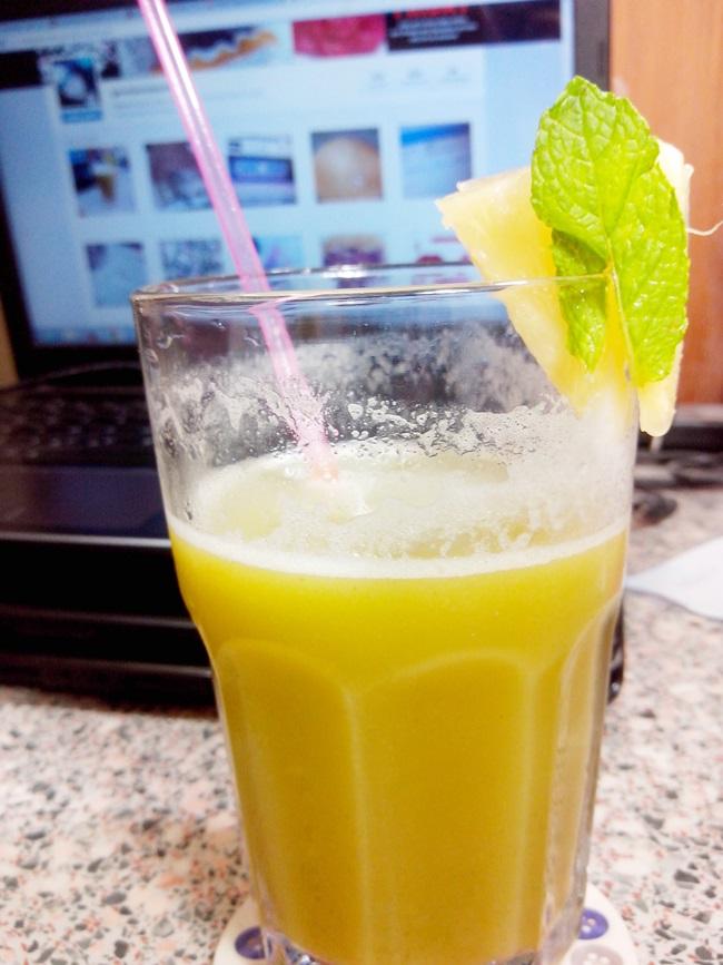 suco-de-casca-de-abacaxi-hortelã