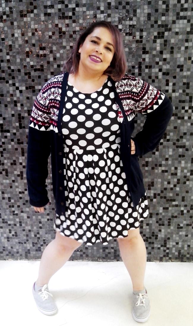 look-cardigã-longo-e-vestido