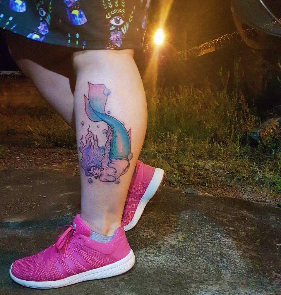 Resultado tatuagem Sereia Gorda by Jessie Syon